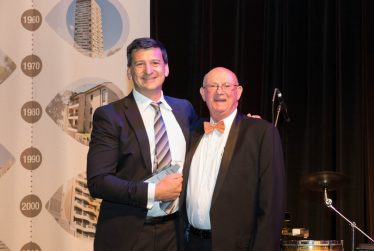 David-receiving-SCA-NSW-Presidents-Award-2016