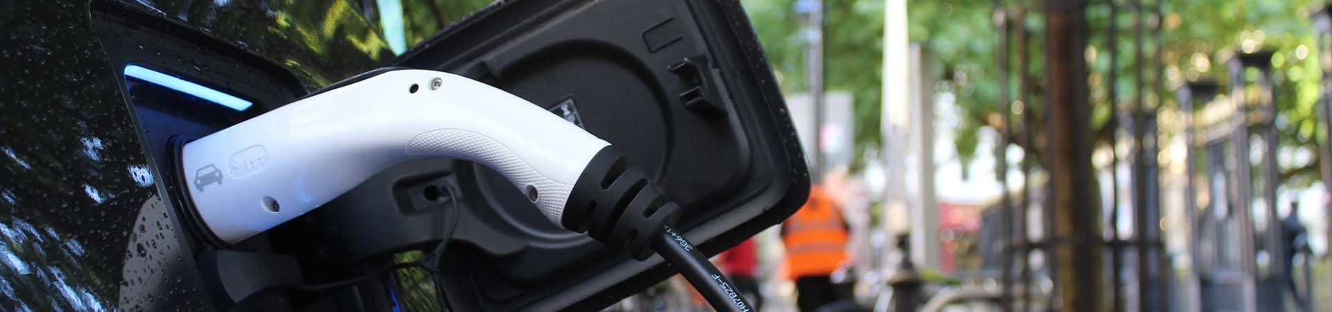 electric-car-stations-in-strata